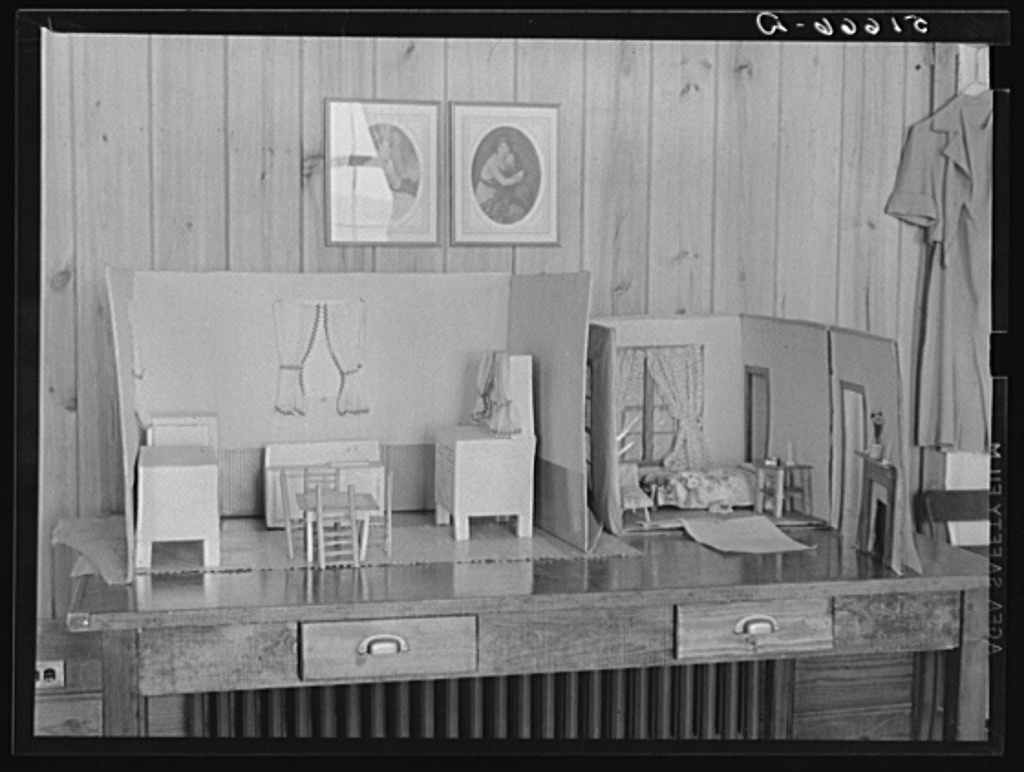 Interior design in home economics - Two Rooms Constructed In 1939 By Students In Home Economics Classes In South Carolina Usa Where Home Planning Was Studied Through Model Houses