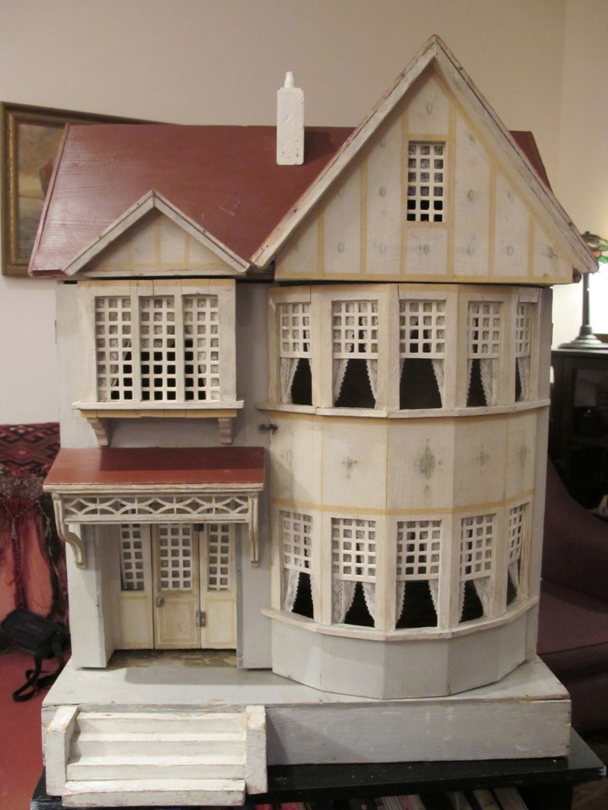 Antique Dollhouse Of Patterns