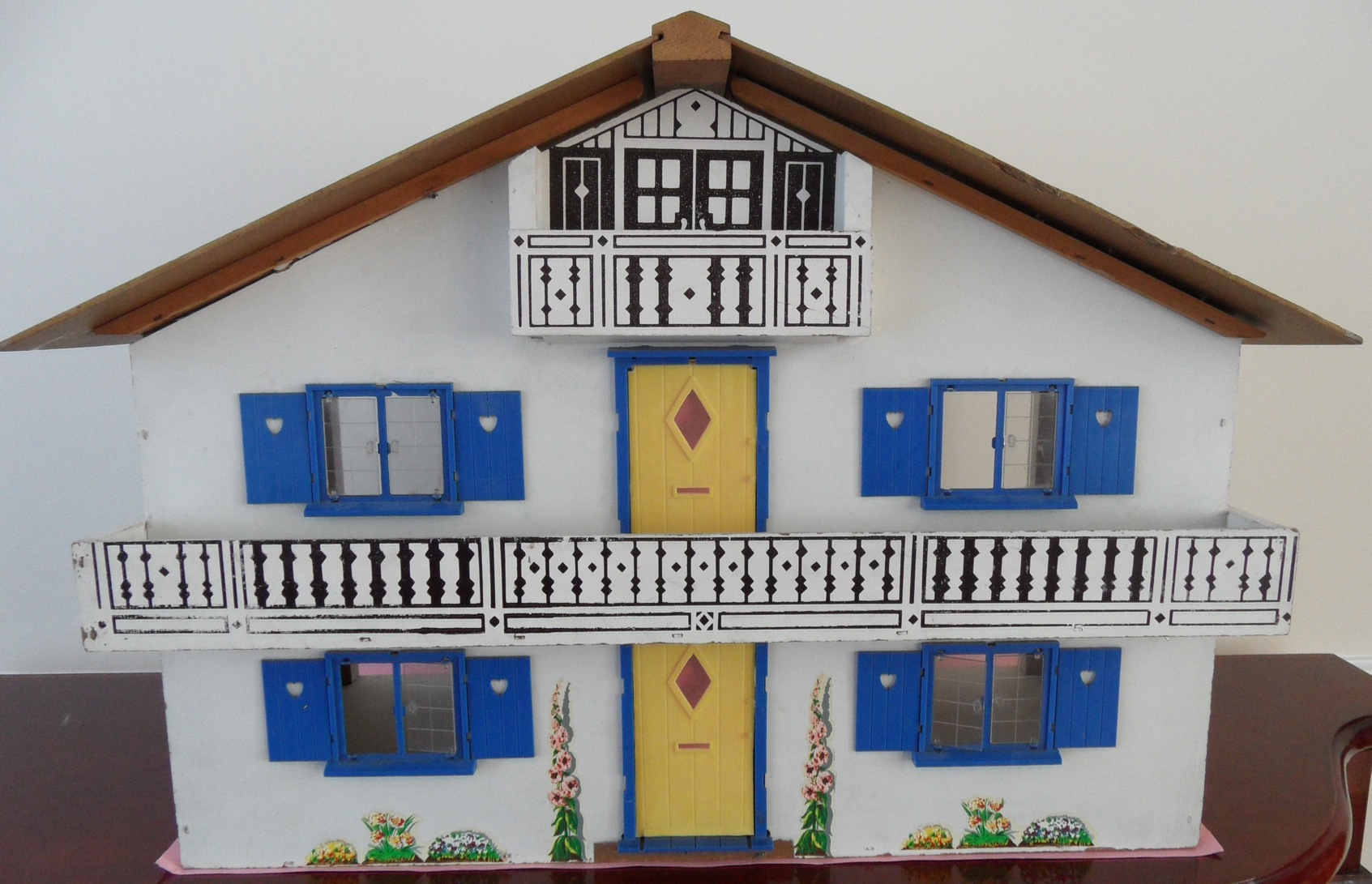 chalet dolls houses by rebecca green - dolls' houses past & present